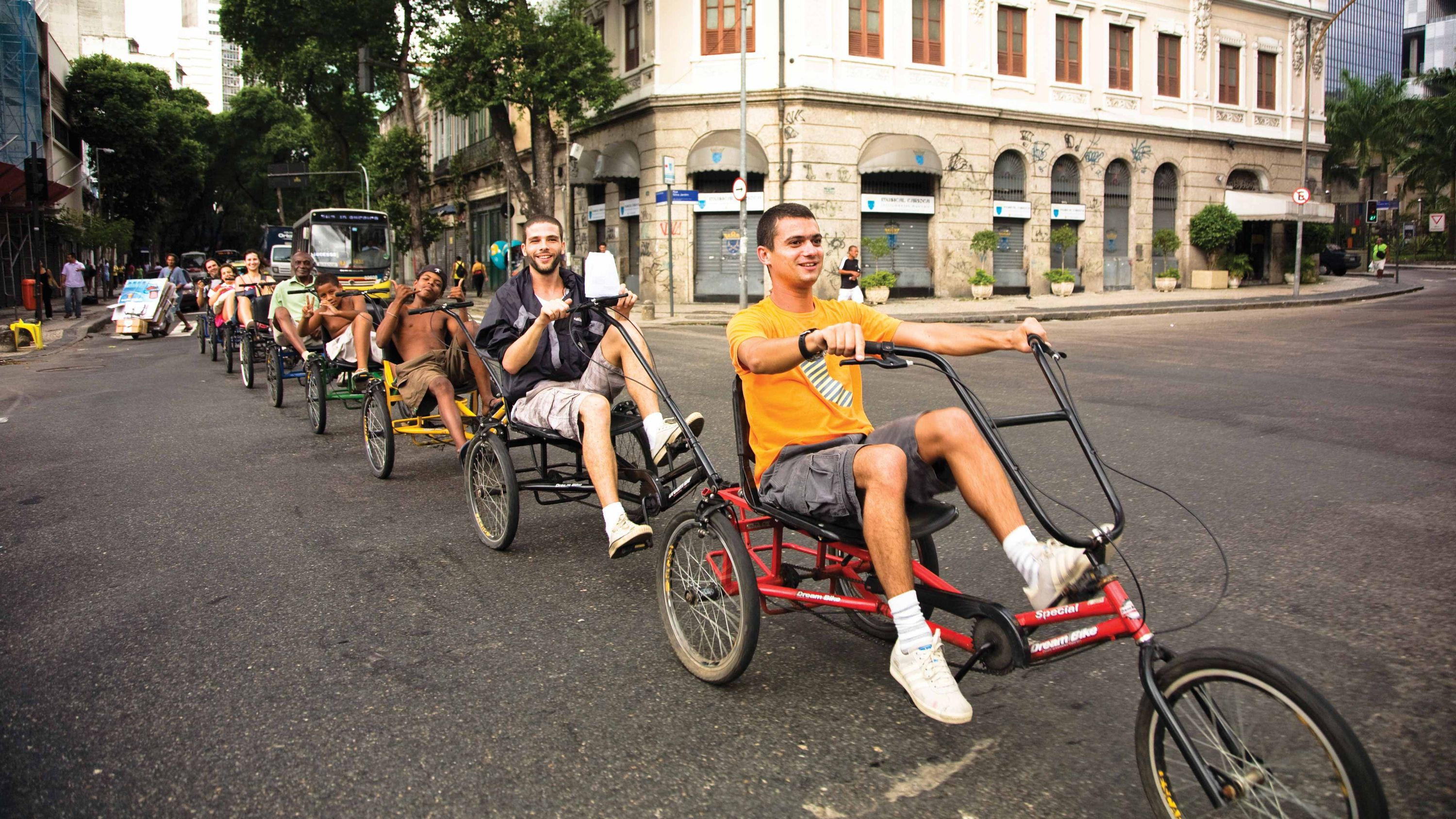 transport collectif tricycle Opavivará  Roberto Cabot Stream 03  PCA-Stream
