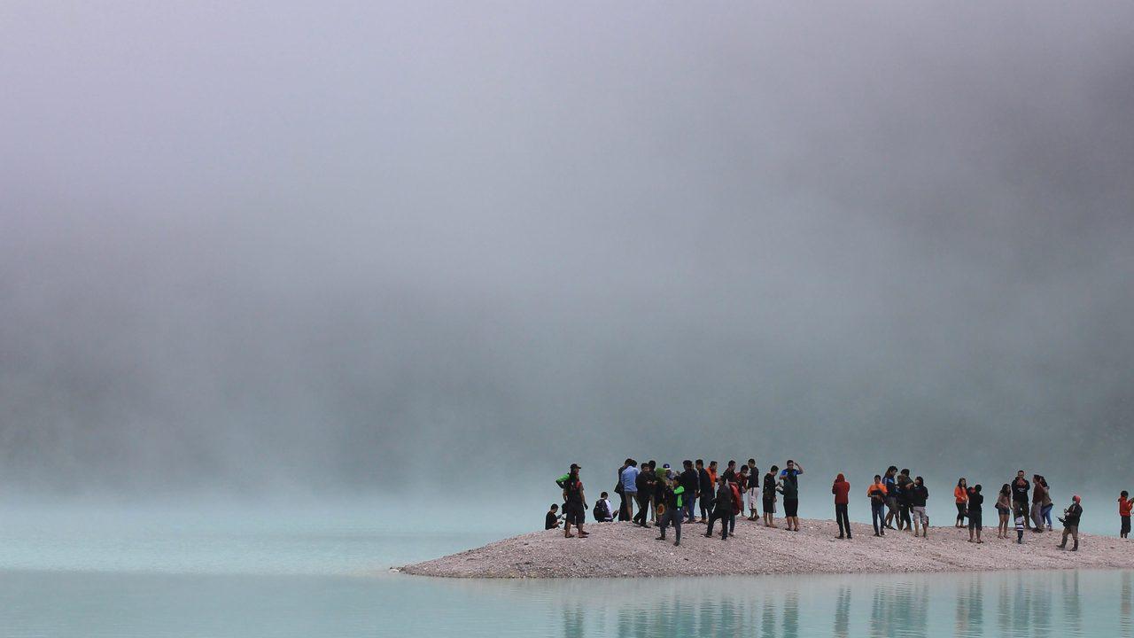 presqu'île touristes Jean Viard Stream 03  PCA-Stream